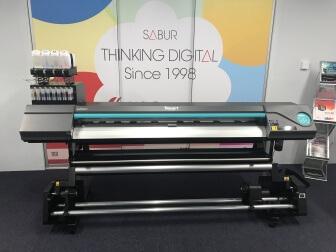 Roland RT-640 printer